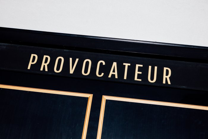 Interview-Provocateur-7077-700x467