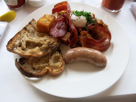 Bistrotheque-brunch-1-6-440x330